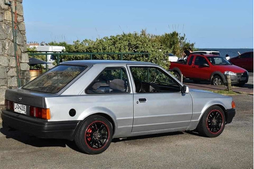 ford escort gl 1.6