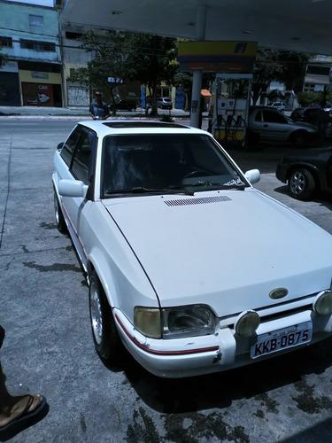 ford escort xr-3 1.8 alcool