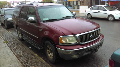 ford expedition xlt triton