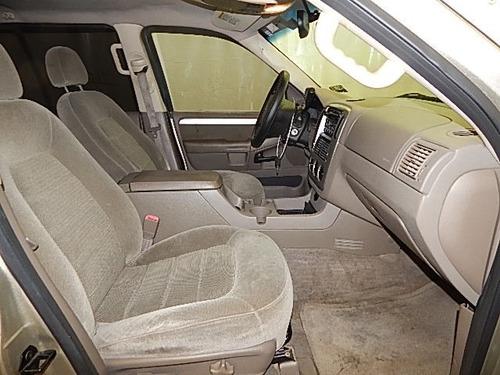 ford explorer 2003 chocada se vente  completa o en partes