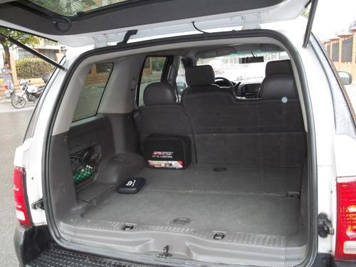 ford explorer 2005 automática. gasolina. v8 4.0l