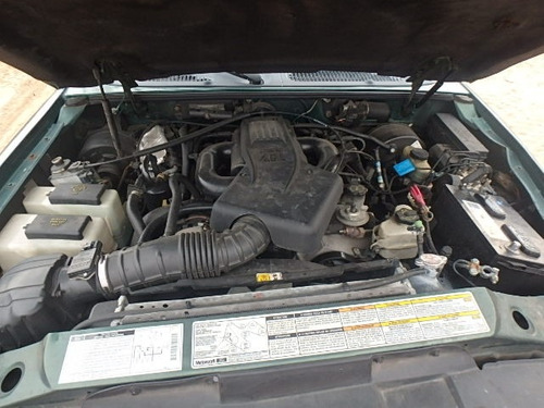 ford explorer 2010 xlt se vende solo por partes