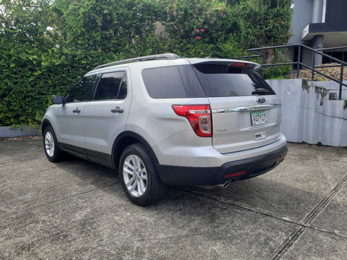 ford explorer 2015 $ 15500