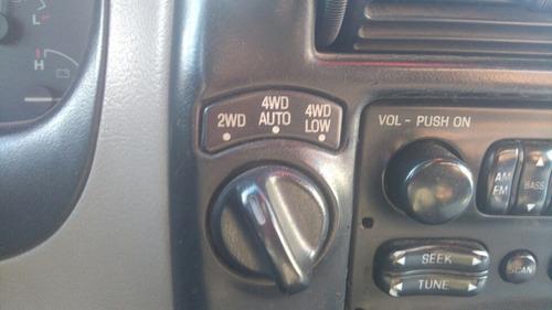 ford explorer 4.0 xlt 4x4  vendo o permuto por auto