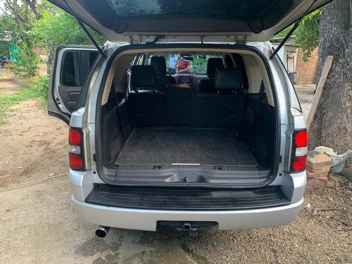 ford explorer 8v  motor 4.6 litros 4x4 año 2011  plateada