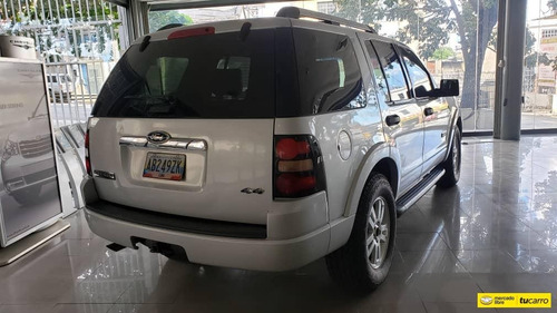 ford explorer limited 4x4 automatico