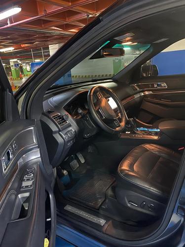 ford explorer limited  6 cilindros en v de 3.5 litros 290 hp