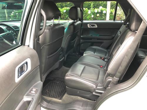 ford explorer limited, motor 3.5l, 7 puestos, color plata