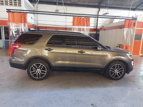 ford explorer sport wagon 2016