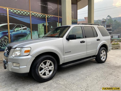 ford explorer sport wagon 4x2