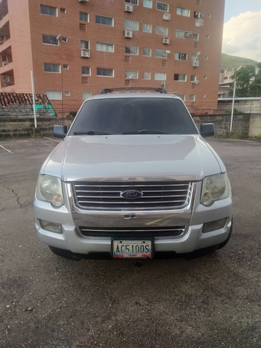 ford explorer xlt version xlt 4x2