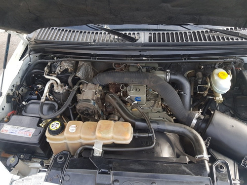 ford f-100 3.9 i xl 2004