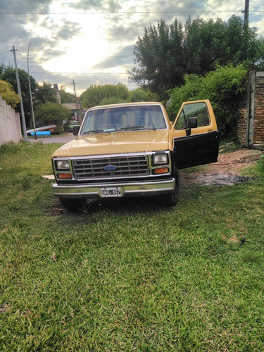 ford f-100 de luxe