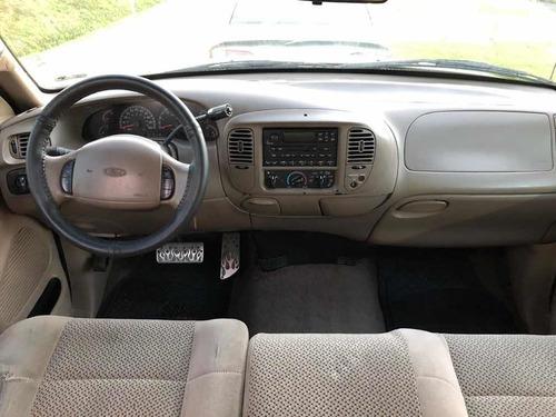 ford f-150 cab y media 6 cil