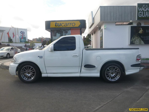 ford f-150 lariat at 5400cc 4x4