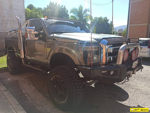 ford f-250 super duty xlt 4x4