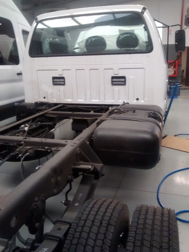 ford f-4000 t. diesel 2.8l año 2018 4x2 mc5 0km