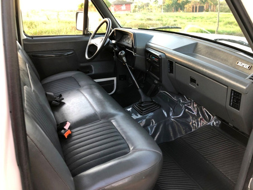 ford f1000 3.6 6 cilindros gasolina aceito troca f100 dodge
