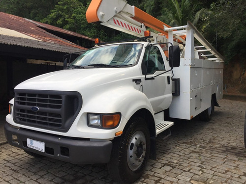 ford f12000 12000