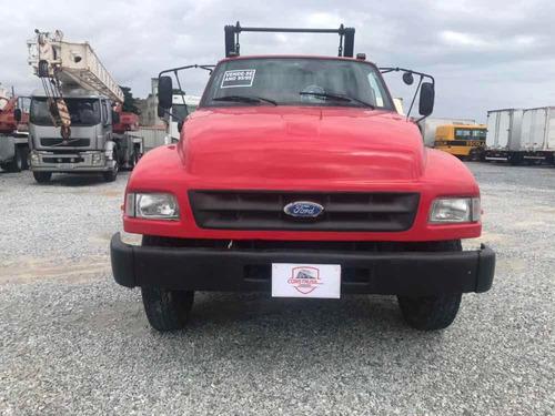 ford f12000 (1995) + poliguindaste