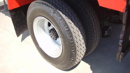ford f12000 / na carroceria, bem novinha mesmo, baixa kms...