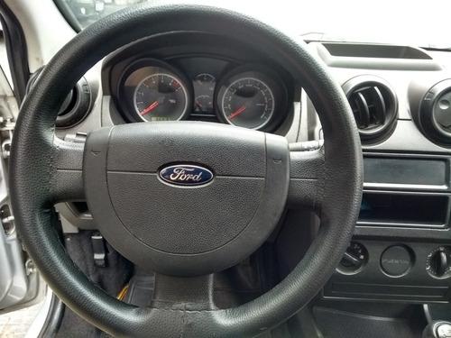 ford fiesta 1.0 flex 5p barato com direção hidráulica.