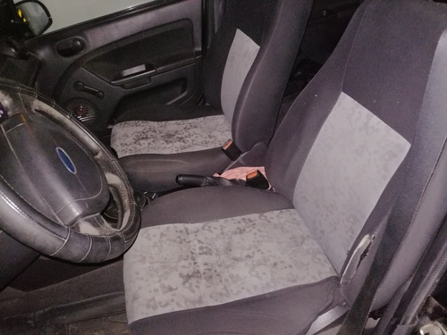ford fiesta 1.6 first 5vel sedan mt 2008