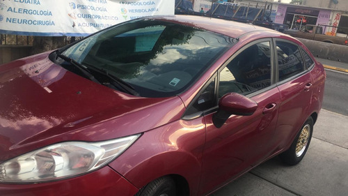 ford fiesta 1.6 first 5vel sedan mt