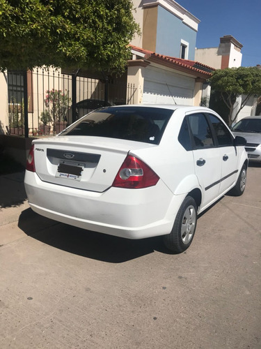 ford fiesta 1.6 first aa sedan at