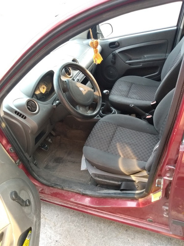 ford fiesta 1.6 hb first 5vel mt 2005