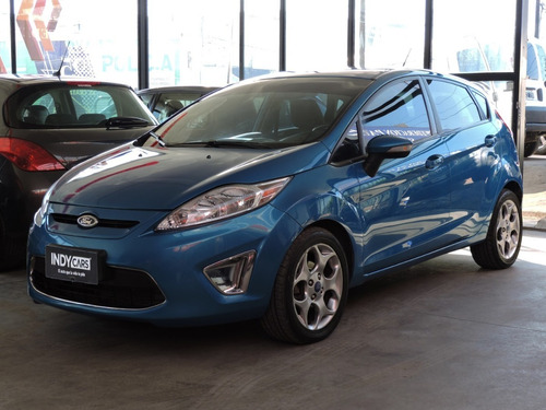 ford fiesta 1.6 kinetic titanium 2012