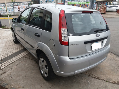 ford fiesta 1.6 max ambiente plus ,impecable !! finan/pto