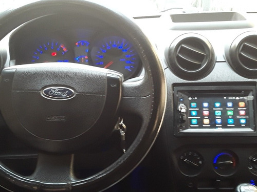 ford fiesta 1.6 mp3 plus