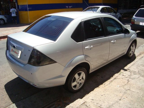 ford fiesta 1.6 rocam sedan 8v flex 4p manual