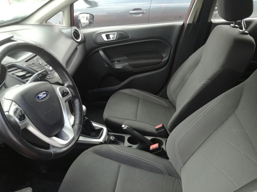 ford fiesta 1.6 se hatchback mt 2016