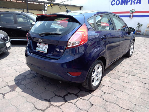 ford fiesta 1.6 se hatchback mt