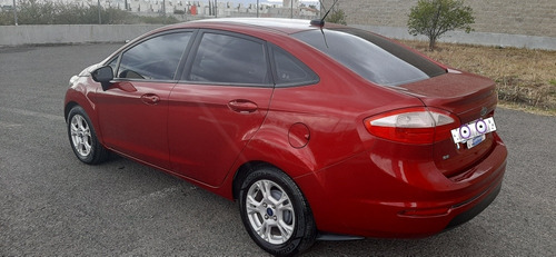 ford fiesta 1.6 se sedan at 2014
