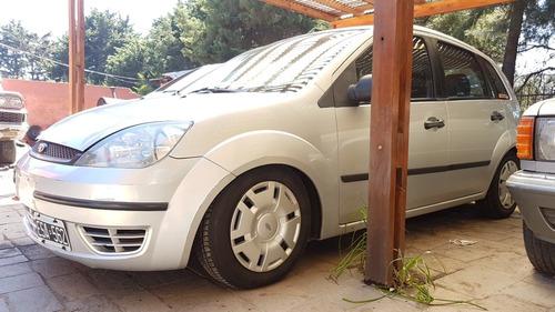 ford fiesta 2004 oportunidad 1.6 ambiente charliebrokers