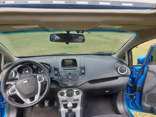 ford fiesta 2015 1.6 hatchback se