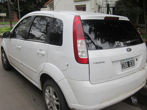 ford fiesta edge  plus  mp3   5ptas  1.6 l nafta  2009  full