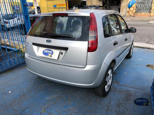 ford fiesta hatch 1.0!!! c/ ar condicionado!!!