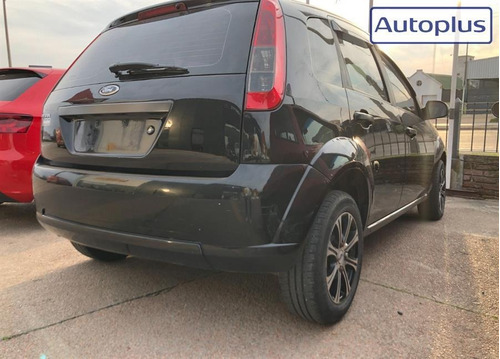 ford fiesta hatch 1.6 2013 impecable!