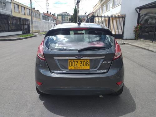 ford fiesta hatchback 1.6 gris magnetico