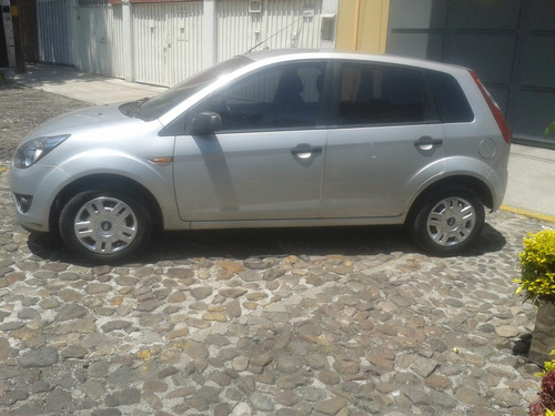 ford fiesta ikon 2012 ambiente clima impecable