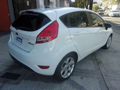 ford fiesta kd titanium full 1.6 jr automotores