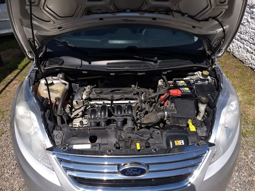 ford fiesta kd1.6 design sedan 120cv trend aq automoviles