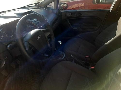 ford fiesta kinetic 1.6 s plus sedan 4 puertas 2014