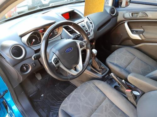 ford fiesta kinetic 1.6 titanium 2013 impecable  autolider