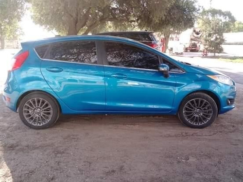 ford fiesta kinetic 1.6 titanium / 5 ptas / nafta / 2013