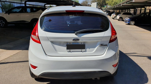 ford fiesta kinetic 2013 impecable!